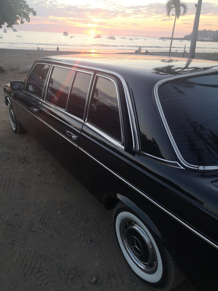 SUNSET-BEACH-LIMO-CENTRAL-AMERICA8d46619791740167.jpg
