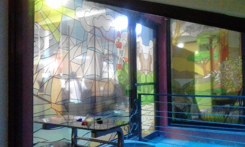STAINED-GLASS-ART-CALL-CENTER-CENTRAL-AMERICAaa59efe70319d6cc.jpg